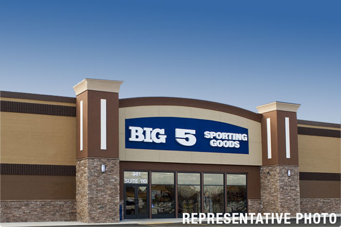 Big 5 Sporting Goods, Lakewood, CA