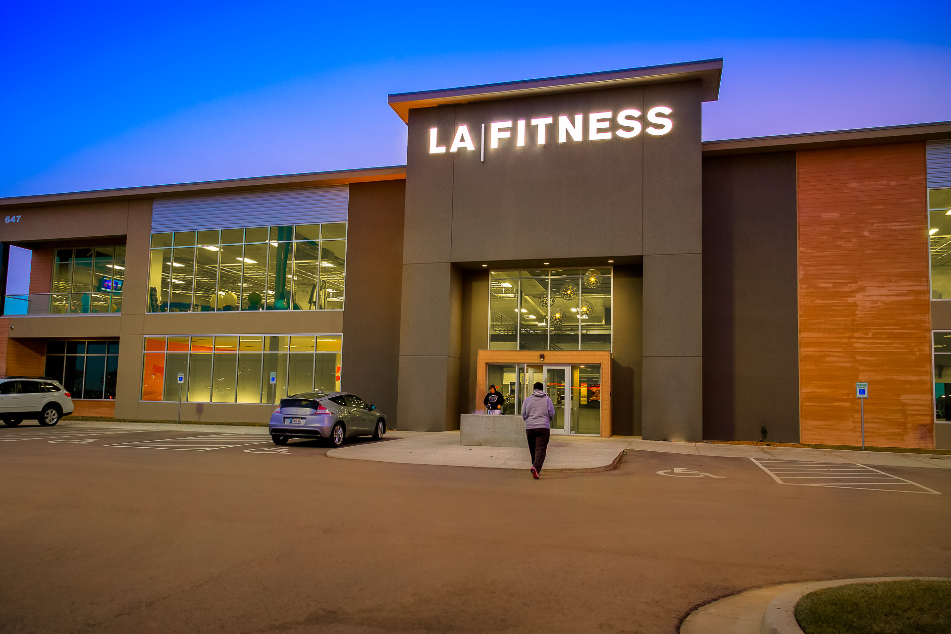 Track Record - Recently Closed Transactions | NNN Fitness